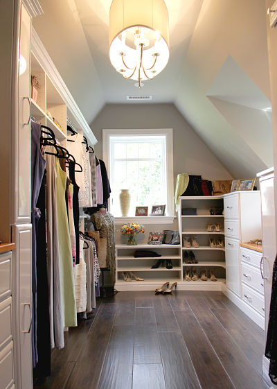 Use an entire room for walk in closet -- Plaster & Disaster